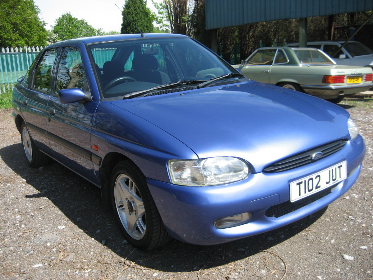 1999 Ford Escort 1.6 Finesse 5 door SOLD (picture 2 of 6)