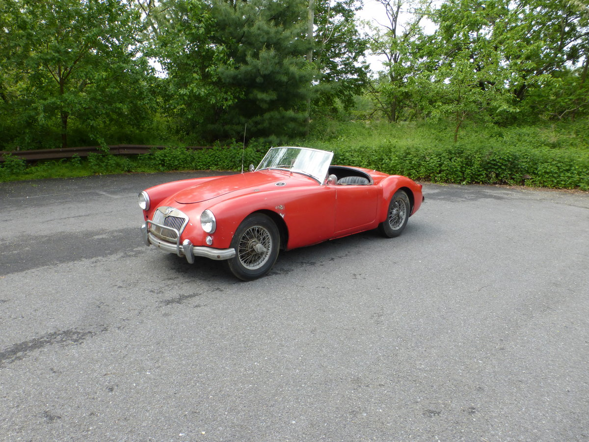 1957 MG A 1500 Roadster Runs Drives Needs Restoration - For Sale (picture 3 of 6)