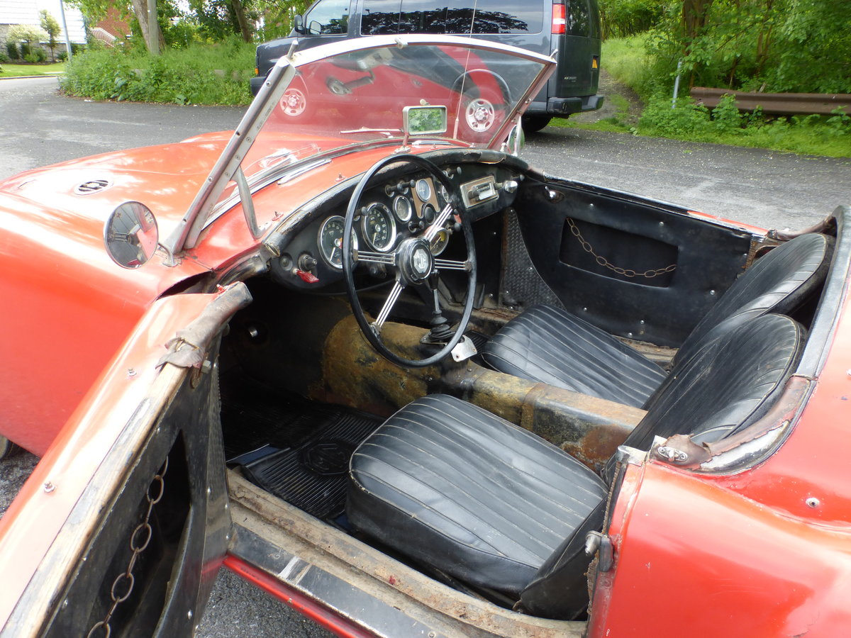 1957 MG A 1500 Roadster Runs Drives Needs Restoration - For Sale (picture 5 of 6)