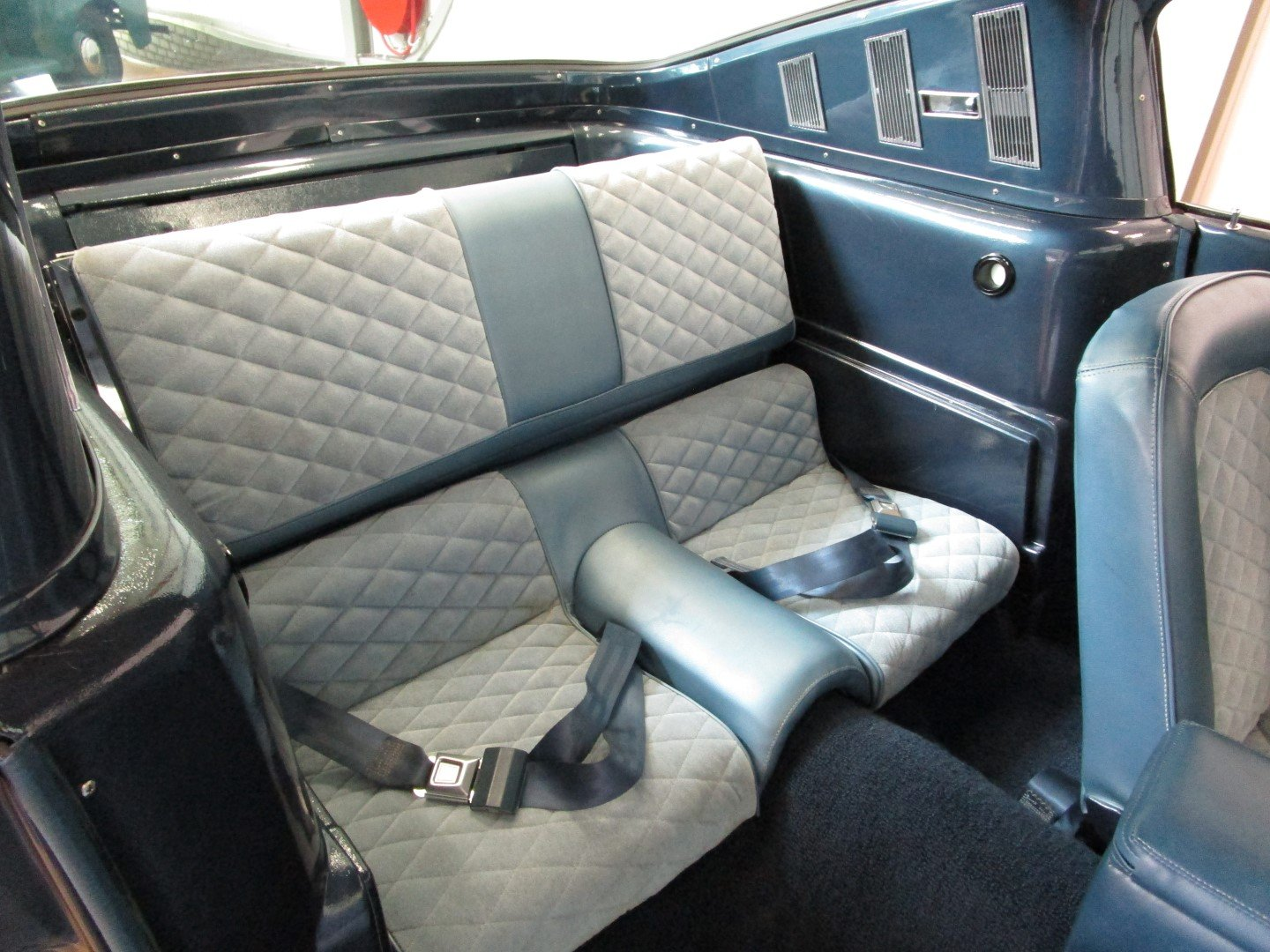1965 Ford Mustang 289 V8 Fastback 2+2 For Sale (picture 5 of 6)