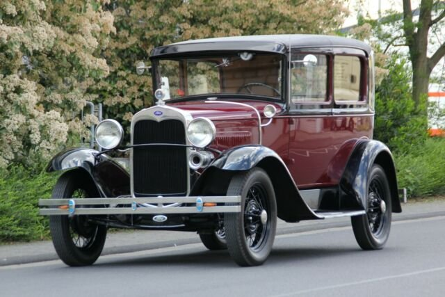 Ford Model A Tudor, 1931, 18.900,- Euro For Sale (picture 1 of 6)