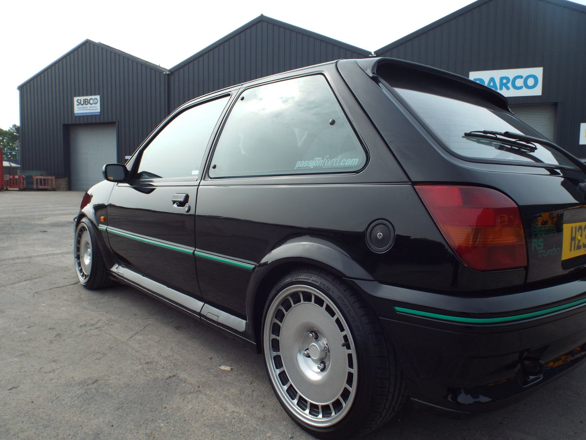 1990 ford fiesta rs turbo For Sale (picture 4 of 6)