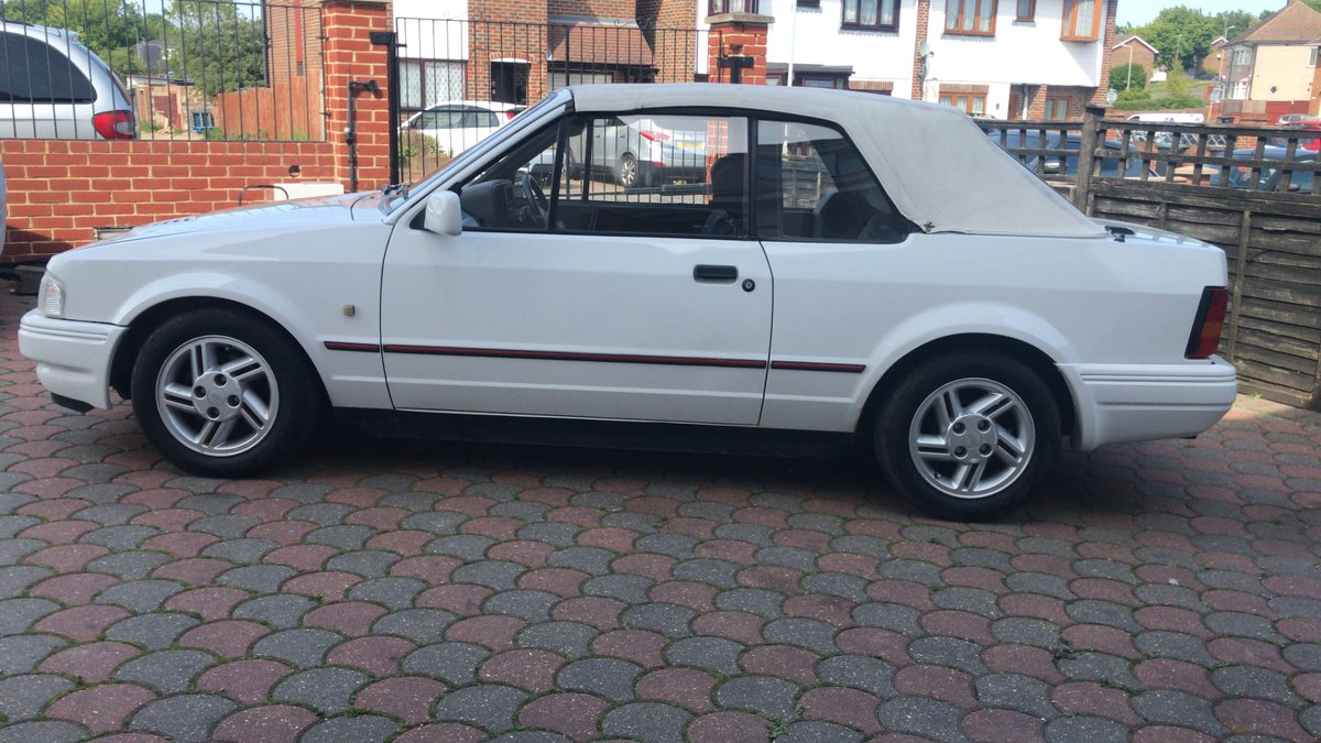 1988 Ford Escort 1.6i Cabriolet For Sale (picture 6 of 6)