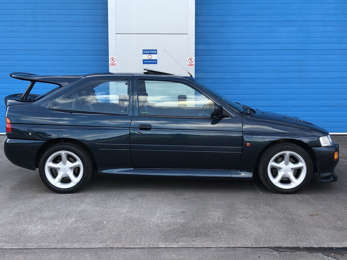 1993 Escort 2.0 RS Cosworth LUX 4x4 Big Turbo 2 Owners  For Sale (picture 2 of 6)