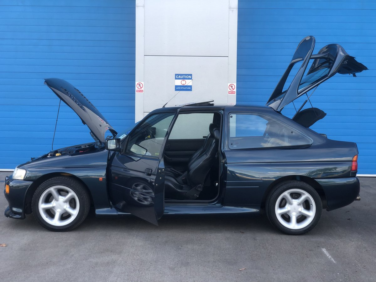 1993 Escort 2.0 RS Cosworth LUX 4x4 Big Turbo 2 Owners  For Sale (picture 3 of 6)