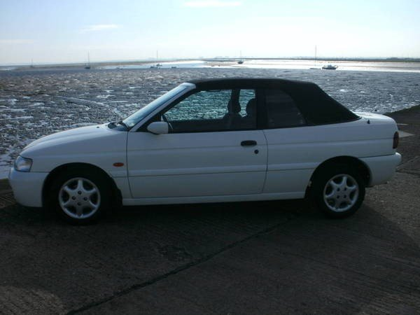 FORD ESCORT GHIA AUTOMATIC 1997 1.6, For Sale (picture 2 of 6)