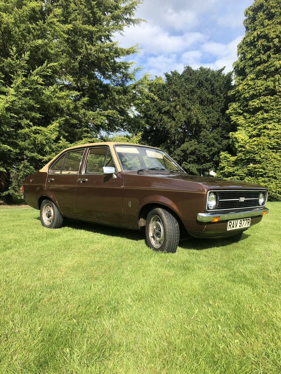 1977 Mk2 Ford Escort L 20,000 miles from new! For Sale (picture 2 of 6)