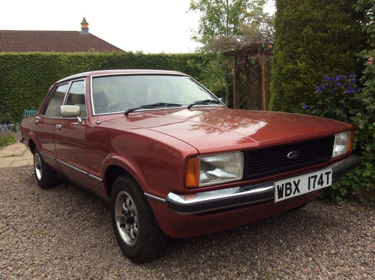 1979 ford cortina GL 2.0 jupiter red SOLD (picture 1 of 6)