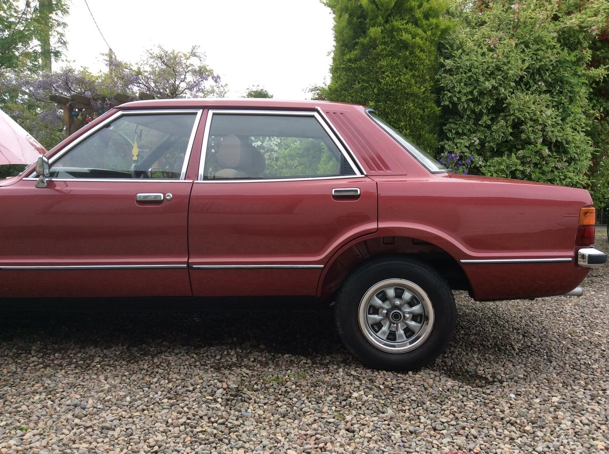 1979 ford cortina GL 2.0 jupiter red SOLD (picture 5 of 6)