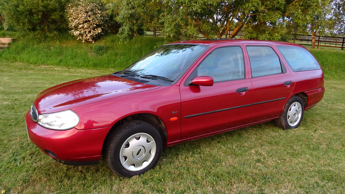 1997 Ford Mondeo One owner & only 11680 Miles! For Sale (picture 2 of 6)