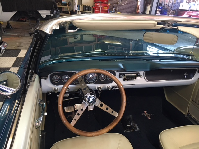 1964.5 Ford Mustang Convertible =289 4 speed Restored Blue For Sale (picture 5 of 6)