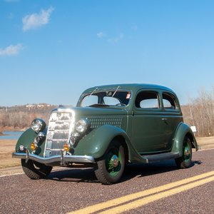 1935 Ford Model 48 DeLuxe Tudor Sedan = Green 3k miles $18.9 For Sale