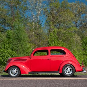 1937 Ford Model 78 HumpBack 2 -door Sedan RestoMod For Sale
