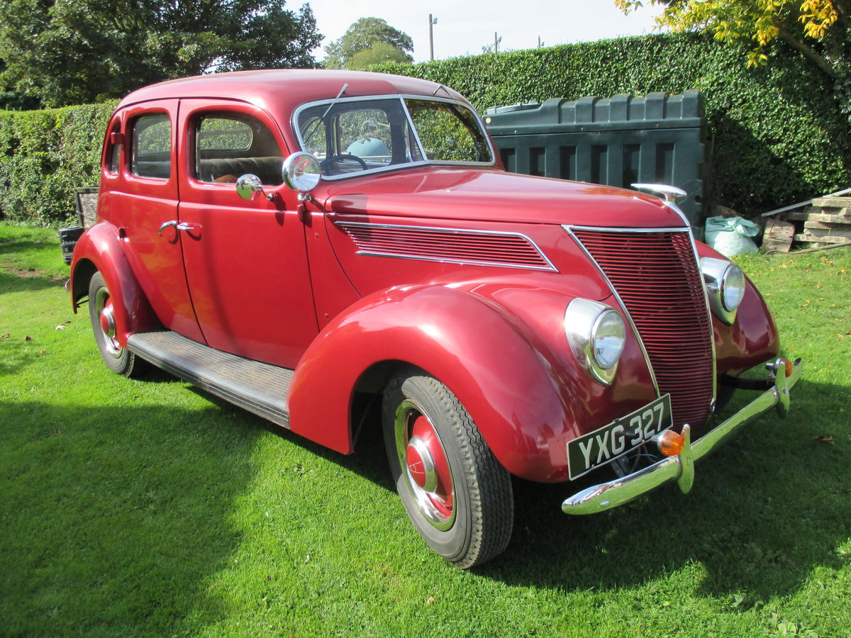 1937 Ford V8 4door saloon Right hand drive For Sale (picture 2 of 6)
