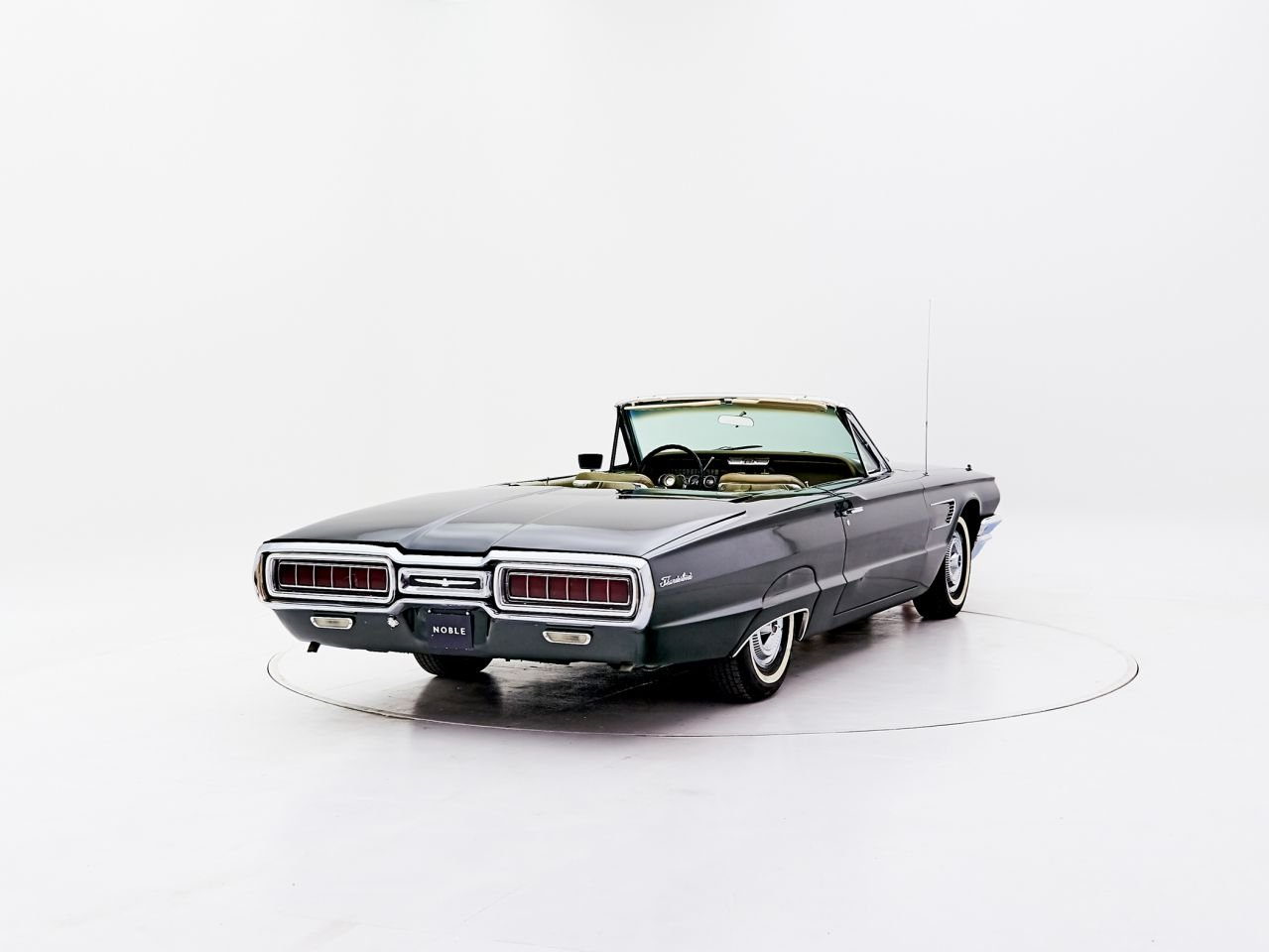 1965 FORD THUNDERBIRD For Sale by Auction (picture 1 of 2)