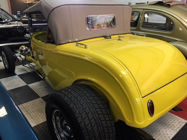 1932 Ford Roadster T Bucket = 350 Stroked 383 500 HP $24.9k For Sale (picture 2 of 6)