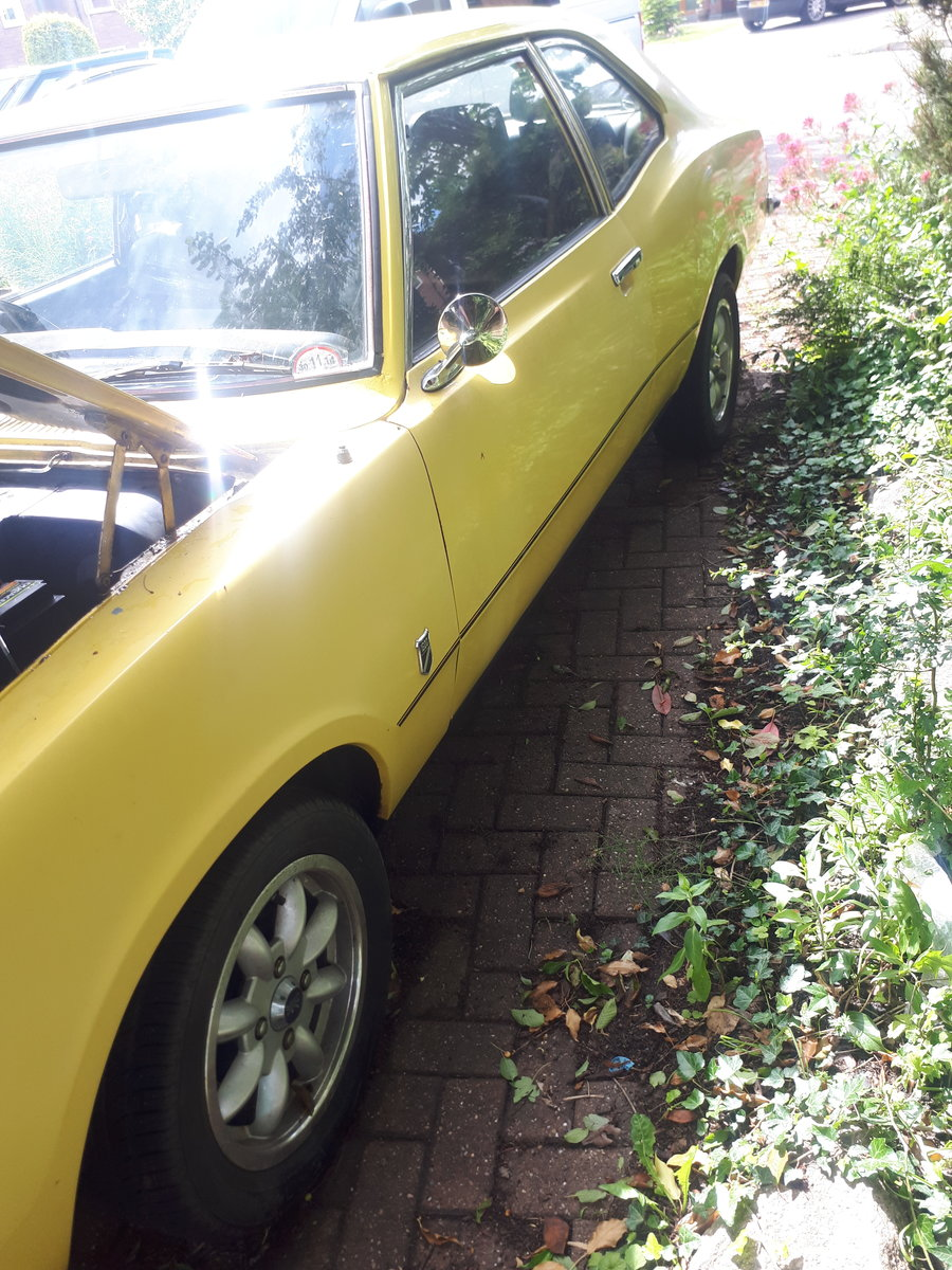 1974 74 mk3 cortina 2 door daytona yellow 2.9 efi 5 spd For Sale (picture 2 of 6)