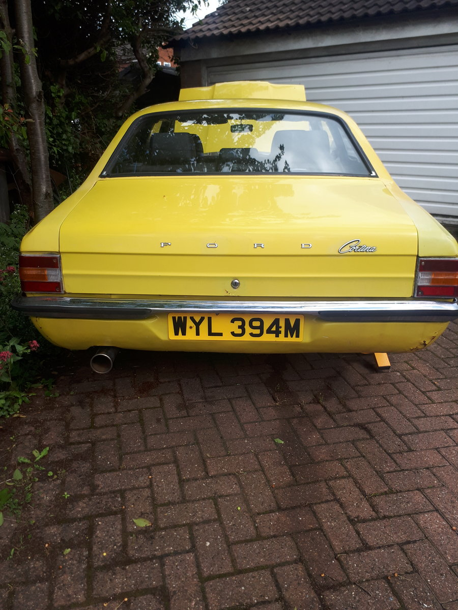 1974 74 mk3 cortina 2 door daytona yellow 2.9 efi 5 spd For Sale (picture 4 of 6)
