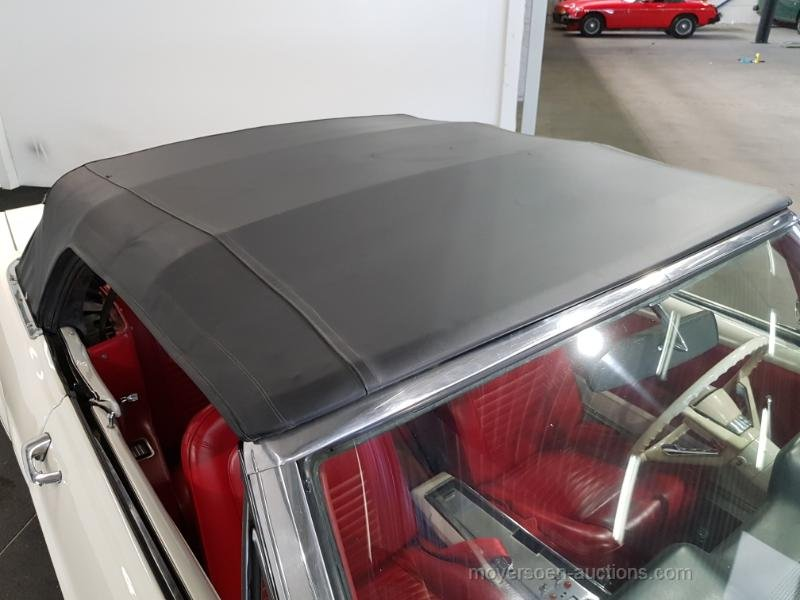Ford Mustang Cabrio wit 1965  For Sale by Auction (picture 4 of 6)