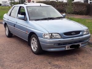 1993 Ford Escort 1.6 Ghia MK5B For Sale