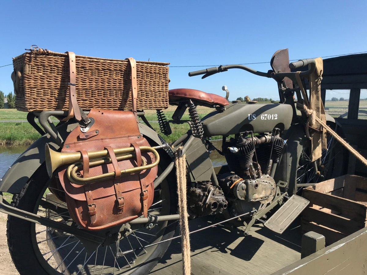 1917 WWI Ford TT pick up and Harley For Sale (picture 5 of 6)