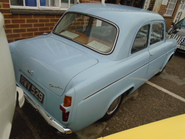 1958 Ford Anglia 100E 1172cc. 2 owner car.  For Sale (picture 3 of 6)