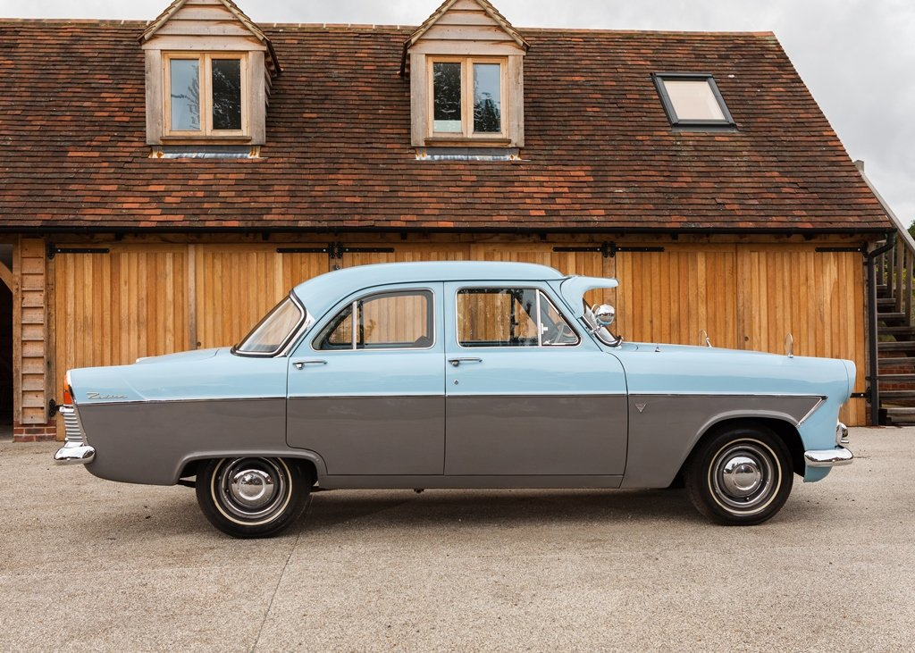 1957 Ford Zodiac Mk. II For Sale by Auction (picture 2 of 6)