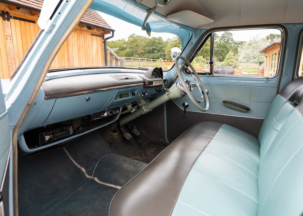 1957 Ford Zodiac Mk. II SOLD by Auction (picture 5 of 6)