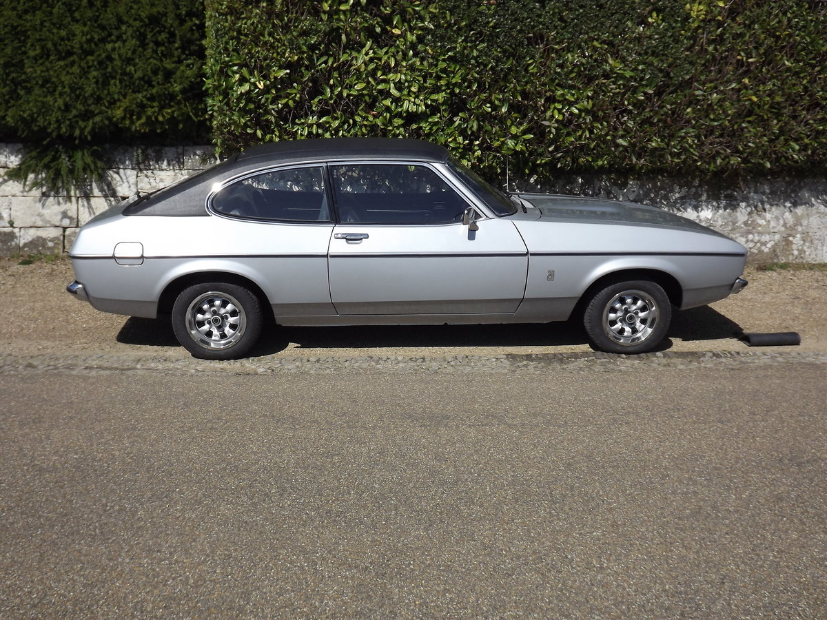 Ford Capri 1976, 2.0GL - 12,800 miles For Sale (picture 3 of 6)