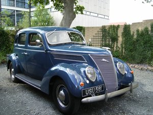 1937 Ford 85 Deluxe 4 door saloon For Sale