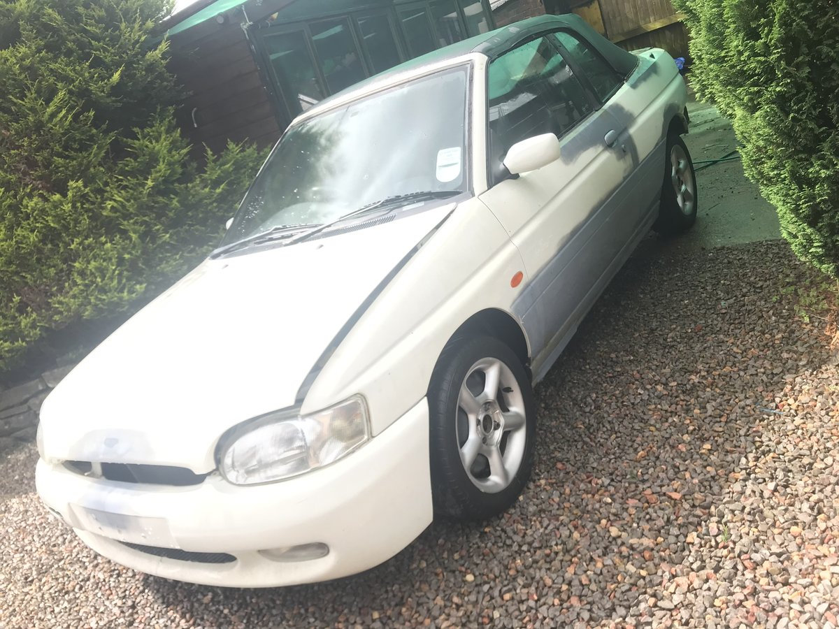 1996 Escort cabriolet project For Sale (picture 2 of 6)