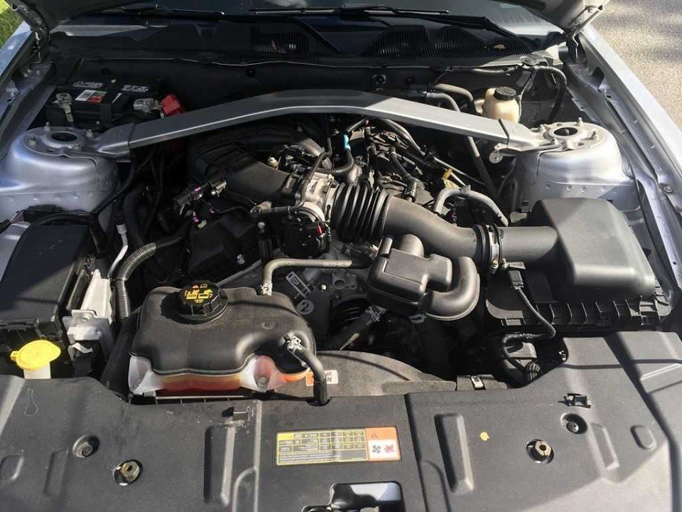 2014 Premium Ford Mustang convertible (Houston, TX) $19,995 For Sale (picture 2 of 6)