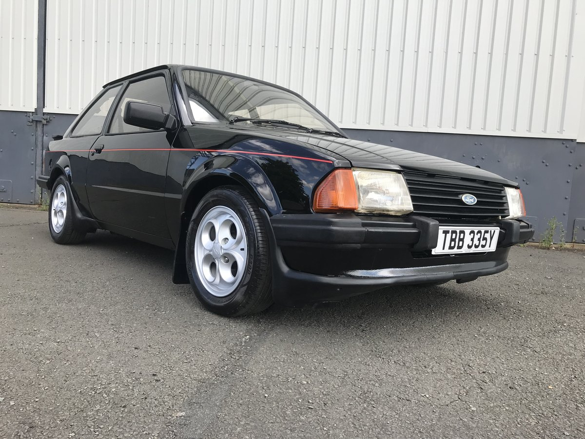 1983 Ford Escort XR3i - early car with low miles and owners For Sale (picture 2 of 6)
