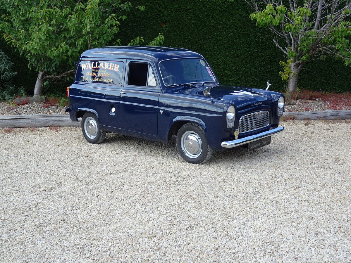Ford Thames 300E Van – Bare Metal Restoration/Stunning SOLD (picture 2 of 6)