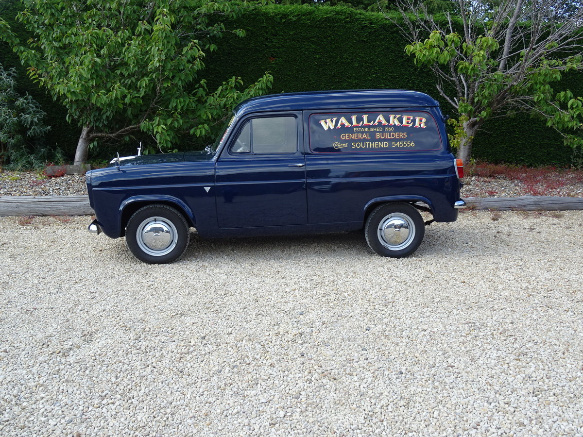 Ford Thames 300E Van – Bare Metal Restoration/Stunning SOLD (picture 3 of 6)