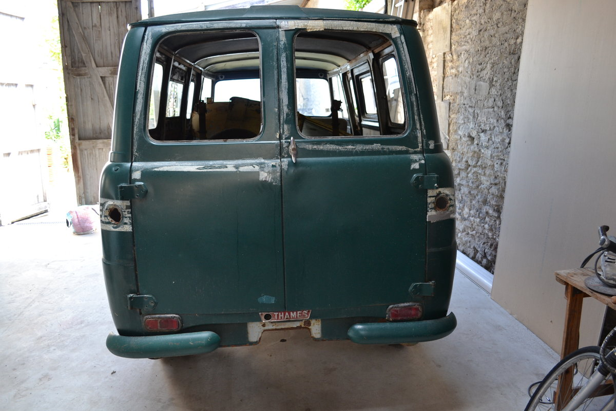1961 FORD THAMES 400E VAN For Sale (picture 3 of 6)
