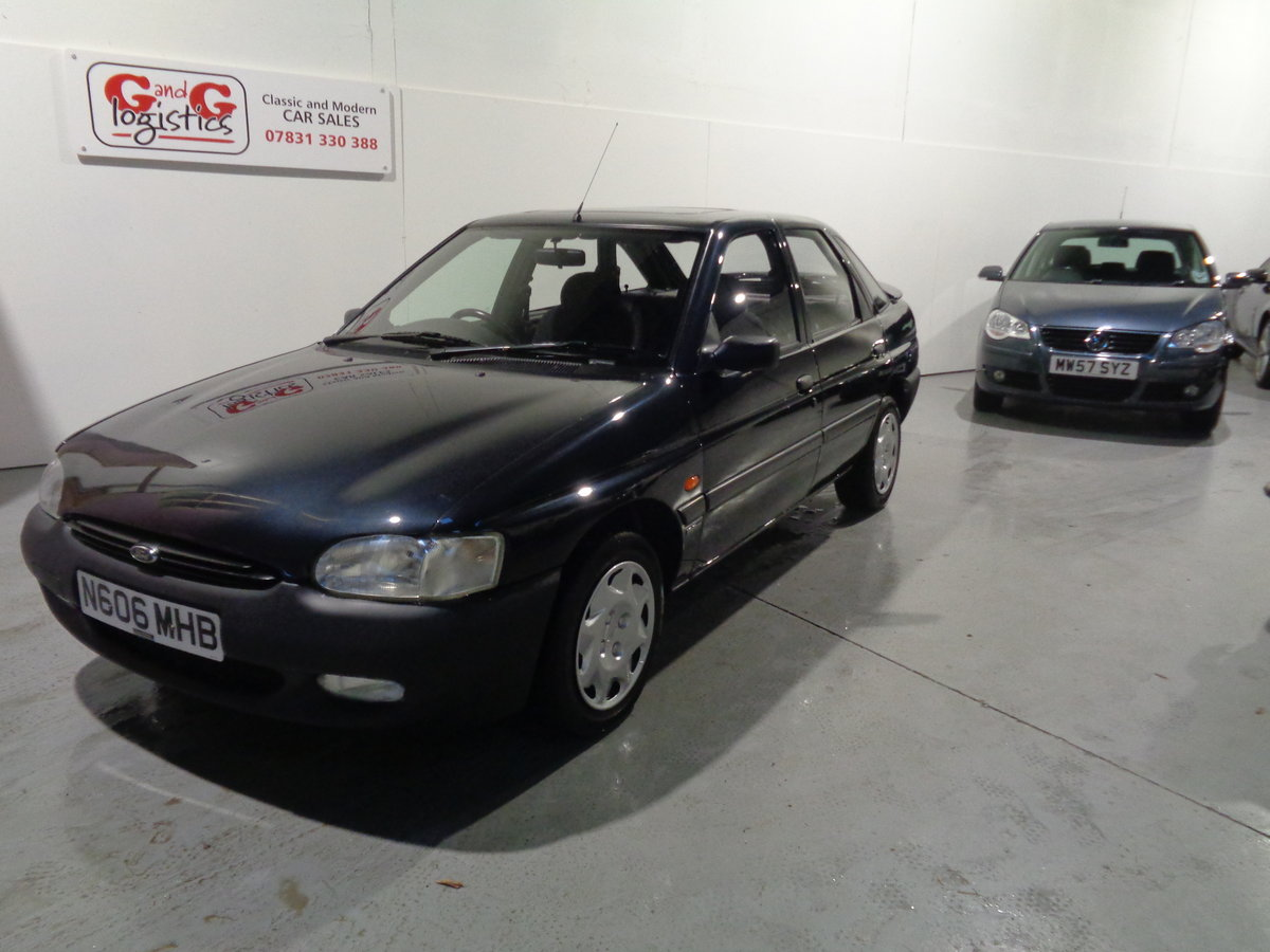 1995 Ford escort mexico 1.6 ltd edition - 28,000 miles  For Sale (picture 1 of 6)