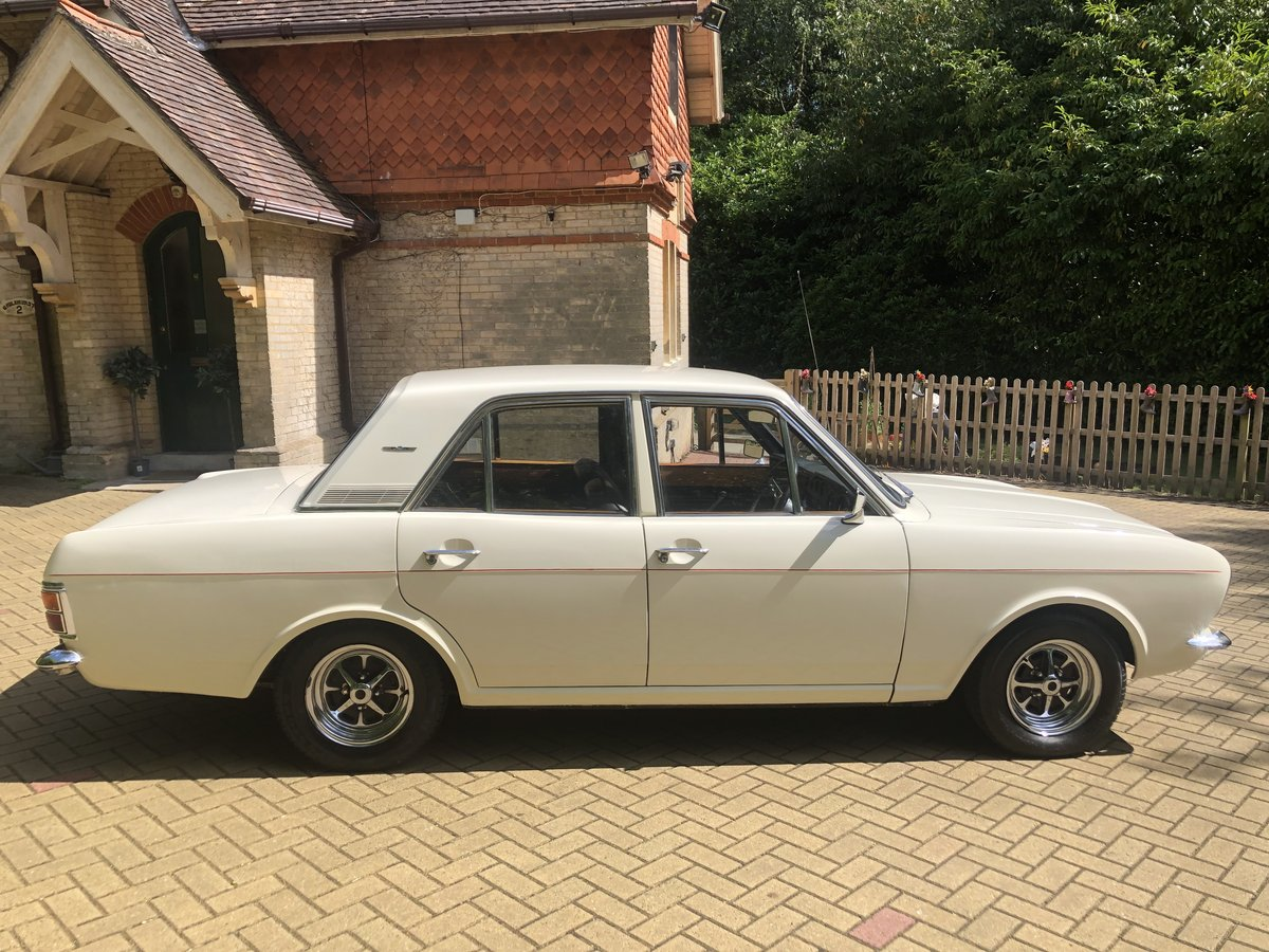1970 Ford Cortina 1600E Lovely Example For Sale (picture 2 of 6)