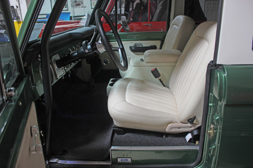 1974 Ford Bronco = Rare Custom Nick Trix Mint Restored $109k For Sale (picture 3 of 6)