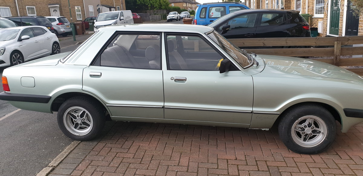 1981 Ford cortina mk5 For Sale (picture 2 of 5)