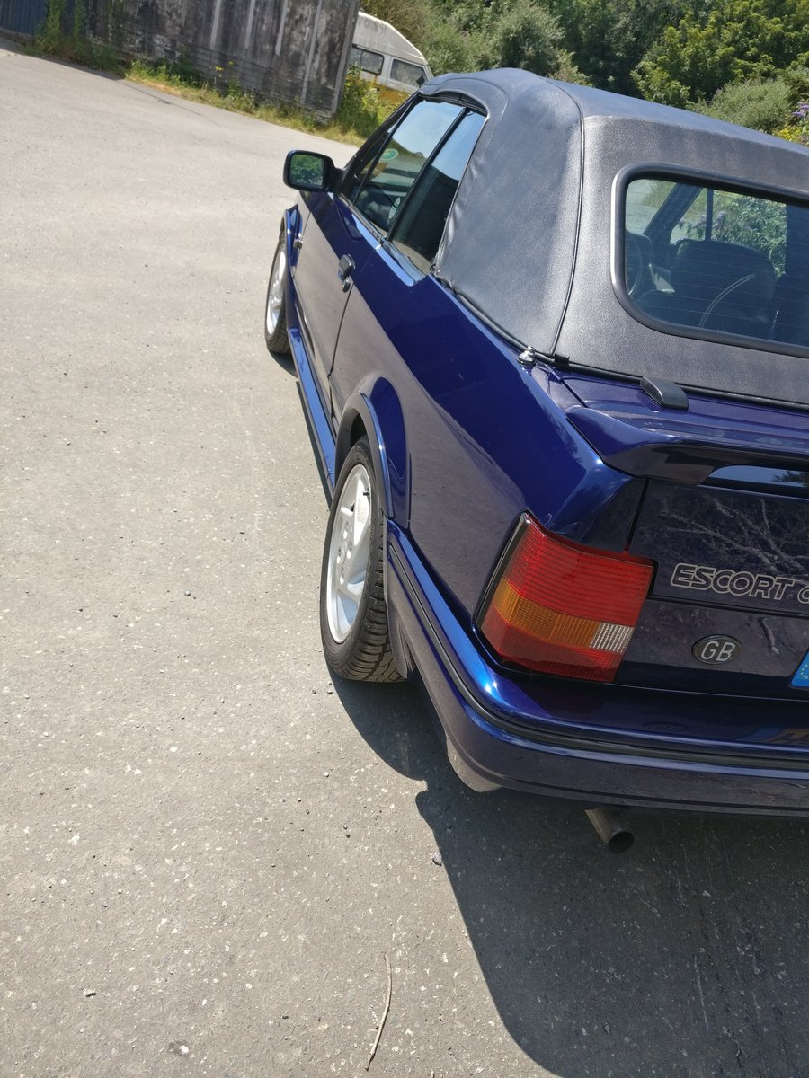 1990 Ford escort XR3i se500 open to offers For Sale (picture 4 of 6)