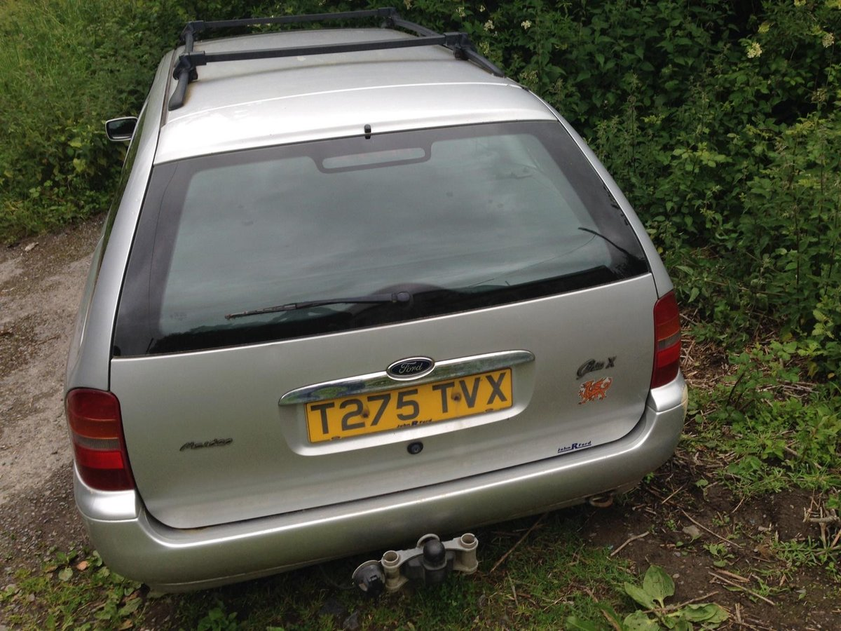1999 Mondeo mk2 2.5 V6 Ghia X Estate renovation project For Sale (picture 2 of 6)