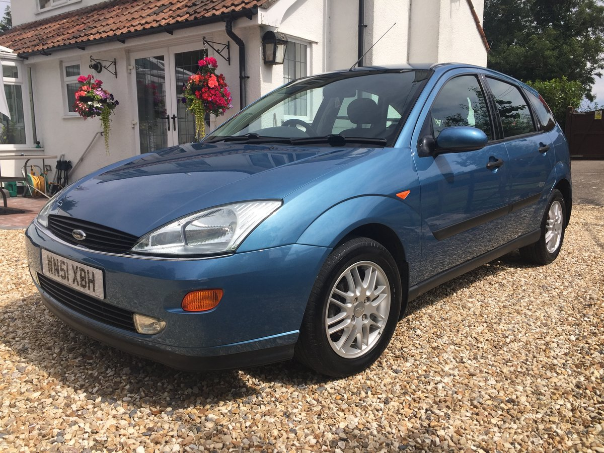 2001 Focus I owner 44K 18 stamps in the Book PRISTINE! For Sale (picture 1 of 6)