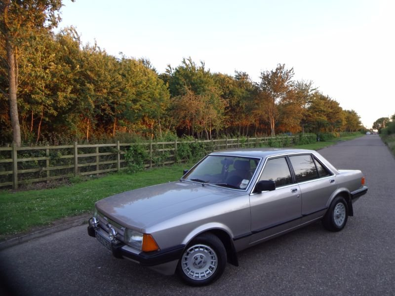 Ford Granada SOLD (picture 1 of 6)