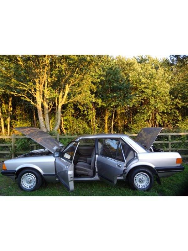 Ford Granada SOLD (picture 4 of 6)
