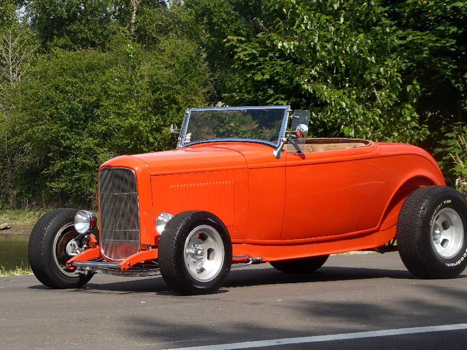 1932 Ford Hi-Boy Roadster =Fast 302 V-8 + auto trans $36.5k For Sale (picture 1 of 6)