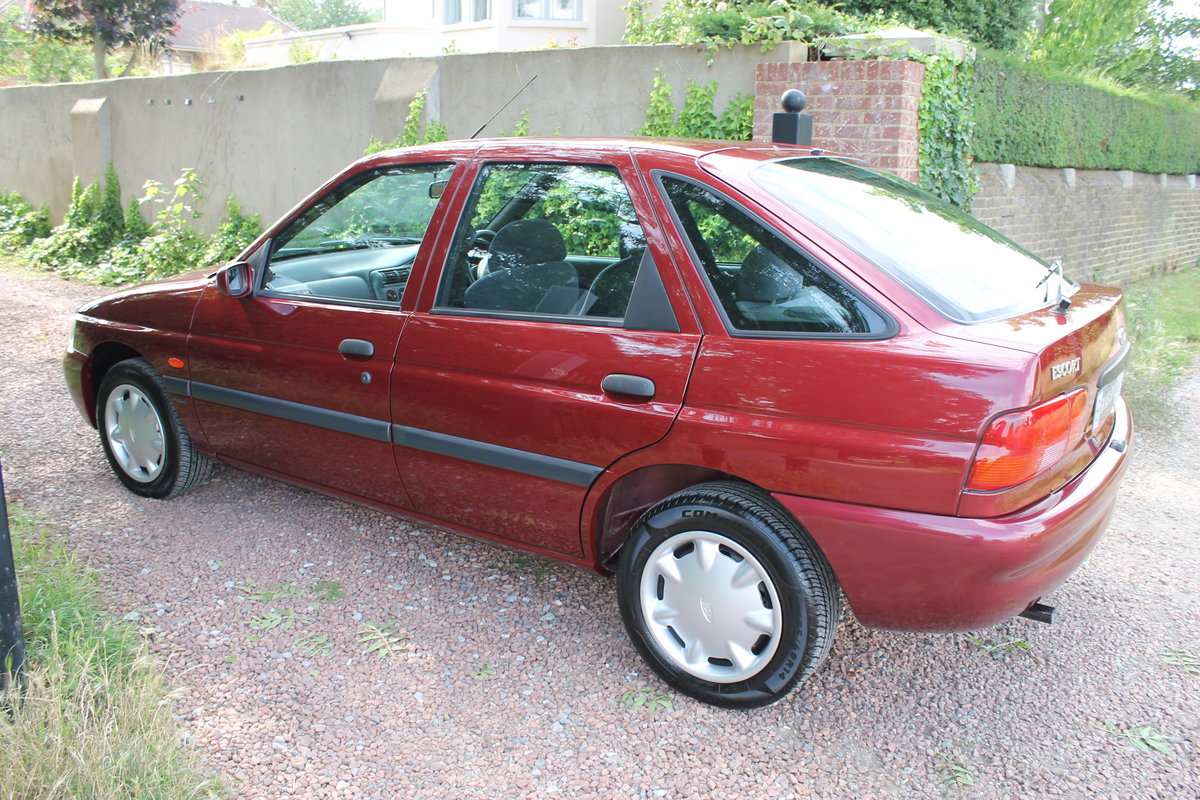 2000 Ford Escort MkVI 1.6 'Flight' With Just 13k Miles Since New For Sale (picture 4 of 6)