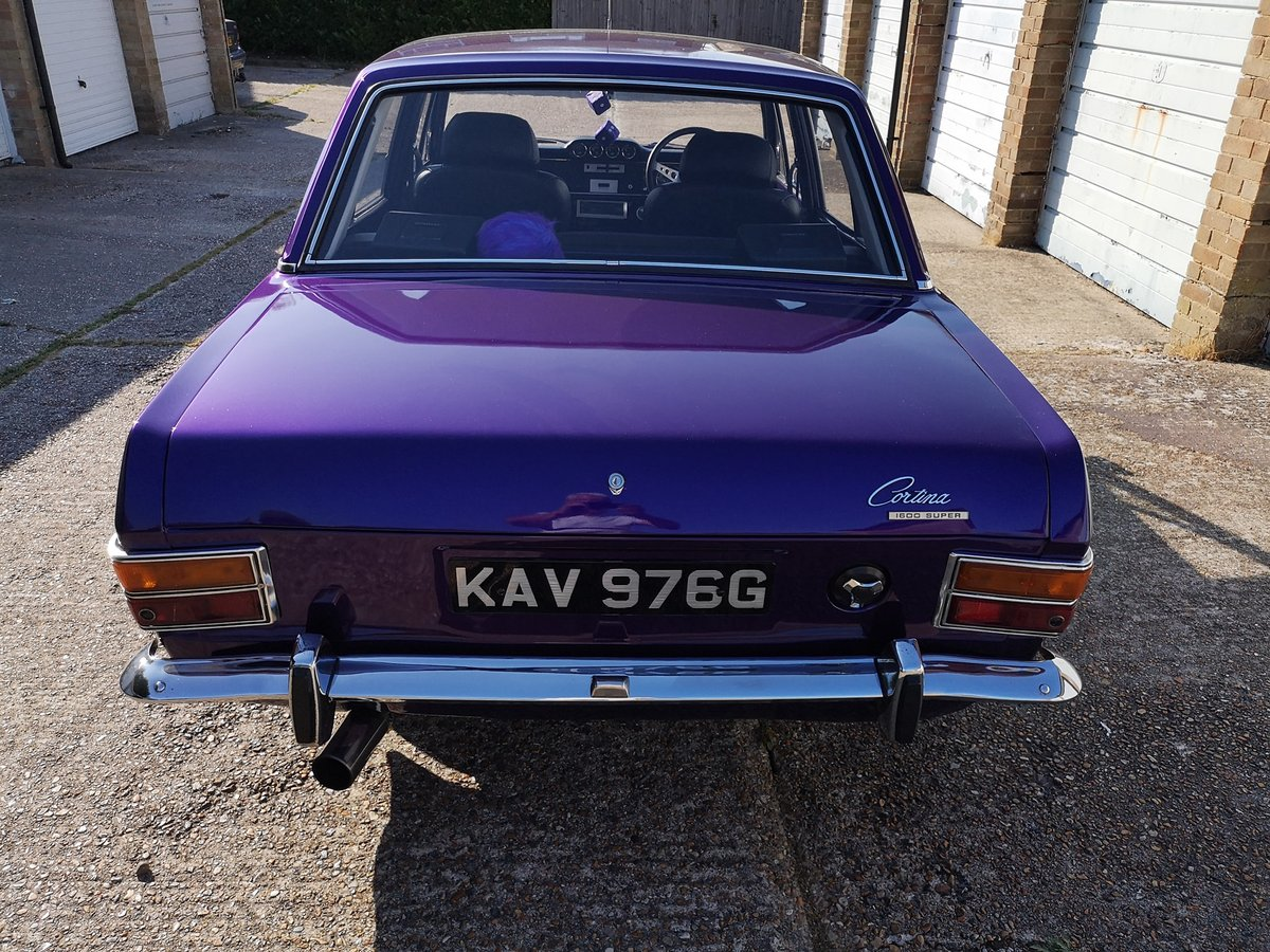 1968 Ford Cortina 1600 super SOLD (picture 2 of 6)