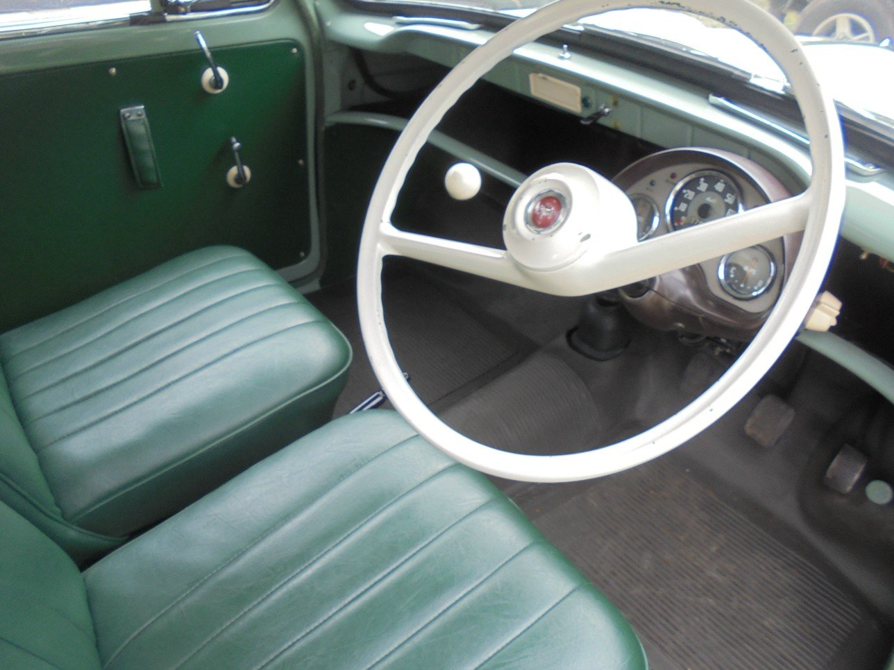 1956 Ford Thames 300E Van. For Sale (picture 2 of 6)