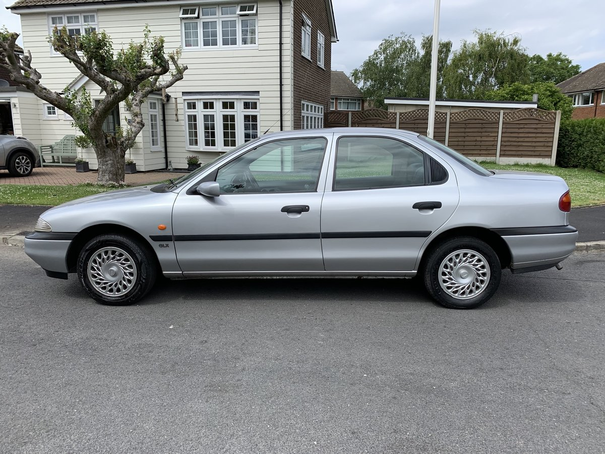 RARE! Ford Mondeo 1.8GLX 1994 Saloon Fab Condition For Sale (picture 1 of 6)